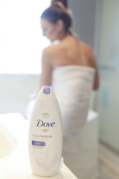 How To Keep Your Skin Soft & Smooth Throughout Winter with Dove Body Wash by Best Friends For Frosti Smooth Skin, Dry Skin, Dove Body Wash, Best Friends, Moisturizer, Dark Makeup, Winter, Beat Friends, Moisturiser