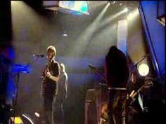 Radiohead - Bodysnatchers (live at Jools Holland) - Great performance!