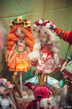 Some Tips, Tricks, And Methods For The Perfect fabric dolls Baby Patchwork Quilt, Baby Quilts, Doll Face Paint, Paper Mache Animals, Waldorf Dolls, Fairy Dolls, Soft Dolls, Doll Crafts, Amigurumi Doll