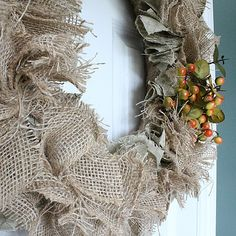 Best 12 The easiest & fastest, most gorgeous Burlap Rag Wreath, ever! Diy Yarn Wreath, Easy Burlap Wreath, Sunflower Burlap Wreaths, Burlap Crafts, Burlap Flowers, Yarn Wreaths, Tulle Wreath, Floral Wreaths, Burlap Projects