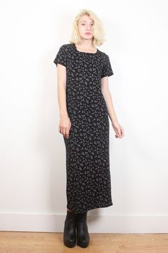 Vintage Bodycon Tshirt Dress Black Liberty Ditsy Floral Print Maxi Dress 1990s Dress Soft Grunge Goth 90s Dress Club Kid Rave S M Medium L #1990s #90s #etsy #vintage #tshirt #dress #maxi #floral #soft #grunge #softgrunge