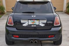 Mini Cooper R55 R56 Trunk Lid Decal - Exact Fit - Union Jack - Black Grey White English Flag
