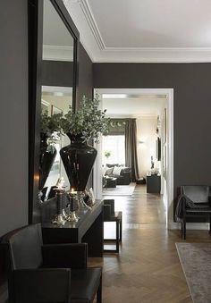 Beautiful home in Oslo with grey walls, crisp white trim + a century herringbone floor. Home Interior, Interior And Exterior, Interior Decorating, Interior Office, Kitchen Interior, Decoration Inspiration, Interior Inspiration, Grey Walls White Trim, Gray Walls
