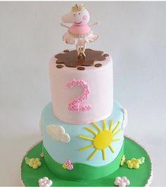 Peppa Pig Birthday Cake, 3rd Birthday, 2 Layer Cakes, Tall Cakes, Fondant, Pig Cakes, Birthdays, Homemade, Desserts