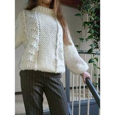 BØLGER - tiden helt store trend i strikkeverdenen Rowan Knitting, Sweater Knitting Patterns, Knitting Designs, Drops Design, Drops Baby, Crochet Magazine, Wave Pattern, Crochet For Beginners, Knit Patterns