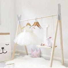 48 Creative DIY Clothes Rack Design Ideas - Best Home Decorating Ideas Baby Bedroom, Nursery Room, Girls Bedroom, Diy Clothes Rack, Clothing Racks, Ballerina Room, Casual Decor, Kids Room Design, Room Kids