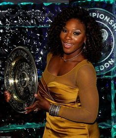 Serena Williams' hair and makeup was gorgeous at the Wimbledon Winners Ball!