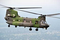 Canadian Boeing CH-147F Chinook (Photo: Combat Camera/Forces canadiennes)