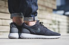 http://SneakersCartel.com Nike Roshe One SE 'Anthracite' #sneakers #shoes #kicks #jordan #lebron #nba #nike #adidas #reebok #airjordan #sneakerhead #fashion #sneakerscartel http://www.sneakerscartel.com/nike-roshe-one-se-anthracite-2/