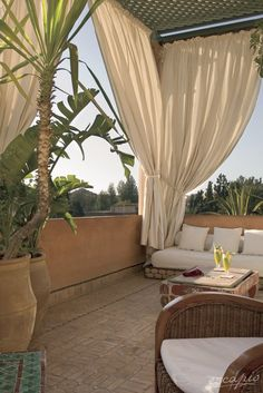 Taking a sunbath on the beautiful balcony of the Dar Rhizlane Palais Table d'hôtes & Spa in Marrakesh, Morocco