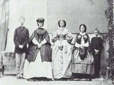Possenhofen, estate 1860...Ludwig Viktor, Sisi, Nenè, Sophie e Mapperl in ordine d'altezza