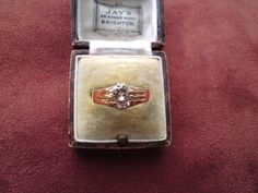 Solid 18ct yellow gold one and quarter carat 1.26 solitaire diamond ring unisex