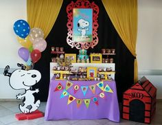 Snoopy candy bar