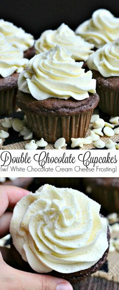Double Chocolate Cupcakes (with White Chocolate Cream Cheese Frosting). These treats are made with chocolate chips inside and topped with divine white chocolate cream cheese frosting. Cupcake Recipes, Baking Recipes, Dessert Recipes, Köstliche Desserts, Delicious Desserts, Mini Cakes, Cupcake Cakes, White Chocolate Frosting, Dessert Chocolate