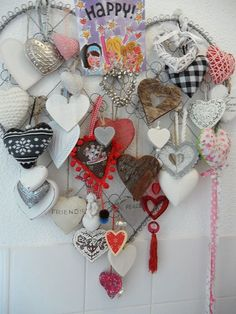 Idea for putting the heart collection together. ( Also, what about using a frame and putting screen in it to hang the hearts with small wire hooks. I Love Heart, Happy Heart, Valentine Day Love, Vintage Valentines, Valentine Decorations, Valentine Crafts, Diy And Crafts, Arts And Crafts, Heart In Nature