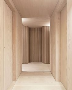 Dinesen Douglas flooring and wall cladding in private Norwegian residence. Design by Schjelderup Trondahl architects. Dinesen Douglas flooring and wall cladding in private Norwegian residence. Design by Schjelderup Trondahl architects. Houses Architecture, Interior Architecture, Arch Interior, Interior And Exterior, Interior Wood Paneling, Interior Walls, Luxury Interior, Wood Interiors, Office Interiors