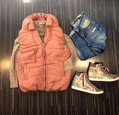 Outfit of a perfectly day! Mood Boards, Raincoat, Winter Jackets, Jeans, Casual, Outfits, Fashion, Rain Jacket, Winter Coats
