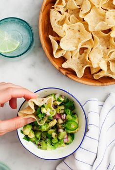 Kiwi Avocado Salsa Verde - A fresh, sweet, tangy salsa for Cinco de Mayo.