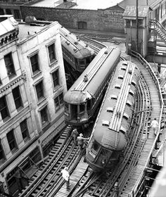 Chicago North Shore Line rail accident between Harrison Street and Wabash Avenue on May 24, 1953