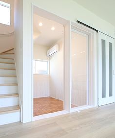 Pet Cafe, Cat Kennel, Cat Hotel, Cat Cages, Modern Farmhouse Design, Dog Rooms, Retail Store Design, Cat Room, Cattery