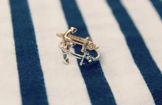 GroopDealz | Sideways Anchor Knuckle Ring