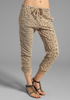 Shop for Current/Elliott Banded Bottom Sweat Pant in Camel Leopard at REVOLVE. Sweat Pants, Jeans Pants, World Of Fashion, Women's Fashion, Cute Sweatpants, Tight Leggings, Revolve Clothing, Dance Outfits, Virtual Closet