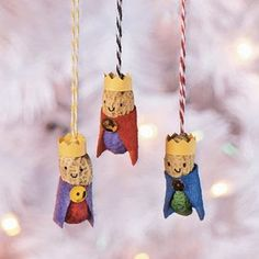 Peanut Wisemen Ornaments They may think they are gettin' nuttin' for Christmas but surprise the wise men in your family with these handmade Christmas ornaments! Christmas Crafts For Kids, Christmas Activities, Homemade Christmas, Simple Christmas, Holiday Crafts, Christmas Holidays, Christmas Gifts, Christmas Decorations, Christmas Ornaments