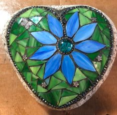 Excited to share this item from my shop: Heart mosaic rock with glass and beads Sea Glass Mosaic, Mosaic Rocks, Mosaic Stepping Stones, Stained Glass Birds, Stone Mosaic, Rock Mosaic, Mosaic Designs, Mosaic Patterns, Blue Flower Wallpaper