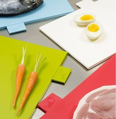 color-coded chopping boards