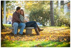 engagement photo- cute fall pic, no awkward hands
