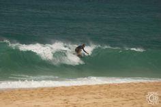 Ke Waena Beach access - Pipeline south in Haleiwa, Oahu, Hawaii Professional Surfers, Hawaii Surf, Learn To Surf, World Famous, Lifeguard, North Shore, Places Ive Been, Hawaiian, Surfing