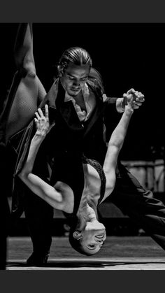 65 Trendy Ideas For Tango Dancing Photography Flamenco Shall We ダンス, Shall We Dance, Lets Dance, Praise Dance, Dance Photos, Dance Pictures, Bailar Swing, Danse Salsa, Foto Sport