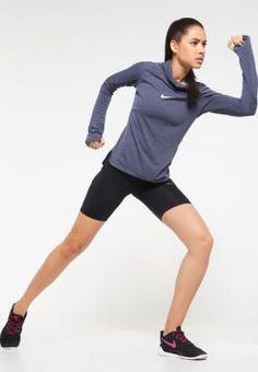 Perfekt für deinen Run an kühlen Tagen. Nike Performance Funktionsshirt - obsidian für 99,95 € (26.09.16) versandkostenfrei bei Zalando bestellen.