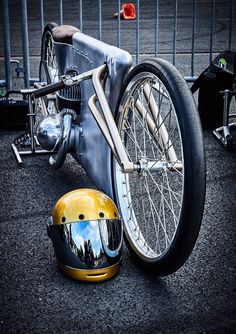 "Vintage Motorcycles 487092515940858226 - utwo: "" Showbike © kayadaek "" Source by lucasguinaudie Homemade Motorcycle, Motorcycle Tips, Motorcycle Design, Motorcycle Style, Bike Design, Motorcycle Touring, Motorcycle Quotes, Vintage Bikes, Vintage Motorcycles"