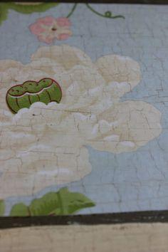 Adding age to wallpaper with Annie Sloan Craqueleur | Maison Decor