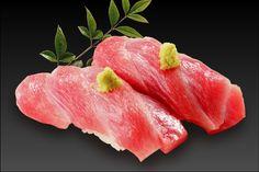 maguro ootoro (まぐろ_大とろ) Sushi Menu, Sushi Party, Tasty Dishes, Food Dishes, Sushi Japan, Sashimi Sushi, Sushi Love, Japanese Sushi, Sushi Recipes