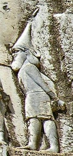 "Skunkha, king of the Sakā tigraxaudā (""wearing pointed caps Sakae"", a group of Scythian tribes). Detail of Behistun Inscription."