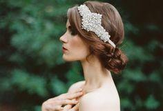 Recogidos de novia románticos. A continuación, te presentamos diferentes estilos de peinados de novia de corte romántico que puedes lucir en el día de tu boda.