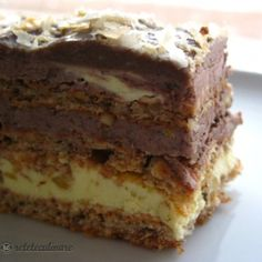 N-are egal! E cea mai buna! Romanian Desserts, Romanian Food, Sweets Recipes, Cake Recipes, Cooking Recipes, Cake Factory, Pastry Cake, Eat Dessert First, Food Cakes