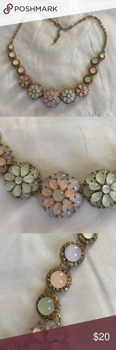 Adorable 3D iridescent statement necklace Pastel colored gems. Fully intact. 3D effect. Iridescent. Adds pop to any outfit. Jewelry Necklaces