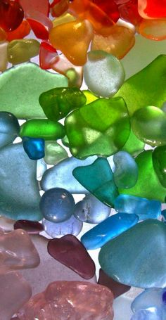 Rainbow | Arc-en-ciel | Arcobaleno | レインボー | Regenbogen | Радуга | Colours | Texture | Style | Form | sea glass