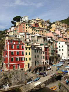 Cinque Terre en un dia que visitar vistas riomaggiore casas colores Venice Travel, Rome Travel, Travel Europe, Menorca, Cinque Terre Italia, Italy Destinations, Italy Travel Tips, Hotels, Roadtrip