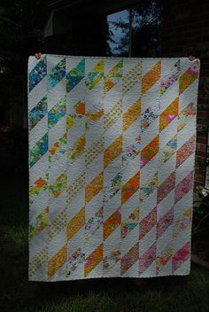"""Vintage Sheet Quilt"" by Amber from her bebo821 flickr stream. How I wish the colors were better in this photo!"