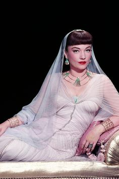 Anne Baxter for The Ten Commandments, 1956 Golden Age Of Hollywood, Vintage Hollywood, Hollywood Glamour, Hollywood Stars, Hollywood Actresses, Classic Hollywood, Actors & Actresses, Anne Baxter, Lana Turner