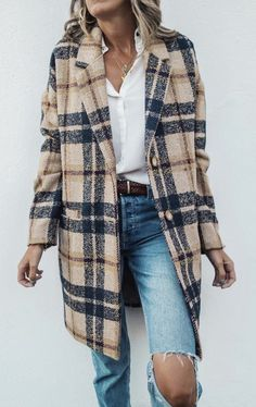 Previous Next Vintage Lapel Collar Check Button Loose Woolen Long Coat - Women's style: Patterns of sustainability Moda Outfits, Fall Outfits, Fashion Outfits, Fashion Trends, Christmas Outfits, Fashion Ideas, Winter Coat Outfits, Plaid Outfits, Fashion Hacks