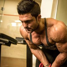 ARMS Training, Tips With WBFF Pro, Marco Araujo,