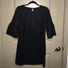 *SALE* Black bell sleeve dress with keyhole Beautiful condition! French Connection Dresses Mini
