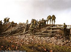 The Battle of the Somme was one of the bloodiest battles in human history and symbolised the horrors of warfare in the First World War. World War One, First World, Ww1 Battles, Ww1 Soldiers, Battle Of The Somme, British Soldier, British Army, British History, American History