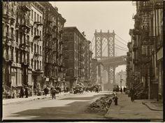 Pike and Henry Streets, Manhattan | Photo by Berenice Abbott