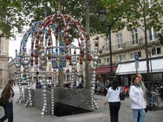 From glass bead structures to submarines, we look at the 10 most beautiful and quirky Parisian metro stations. Beautiful Paris, Most Beautiful, Louvre Pyramid, Rodin Museum, Famous Sculptures, Travel Through Europe, Latin Quarter, Paris Metro, France Art